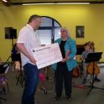 Jugenmusikschule Schecküberreichung Spende